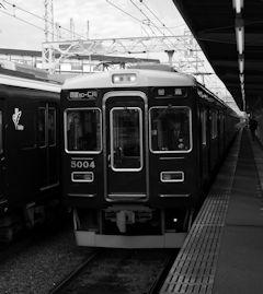 同じ阪急電車ですけど.jpg
